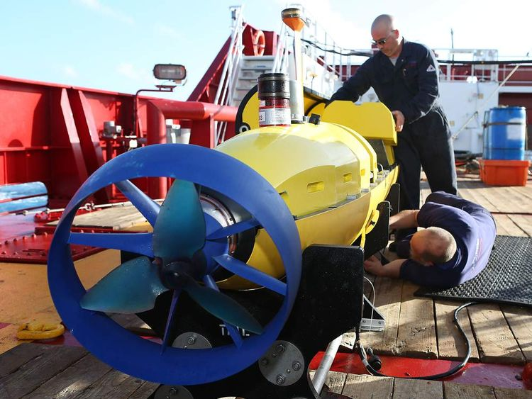 Air and aea Search For Flight MH370