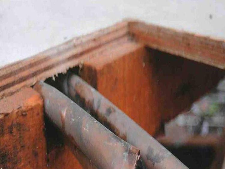 Cut gas pipe