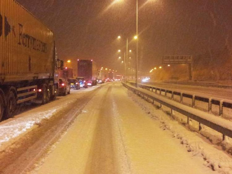 M6 snow chaos