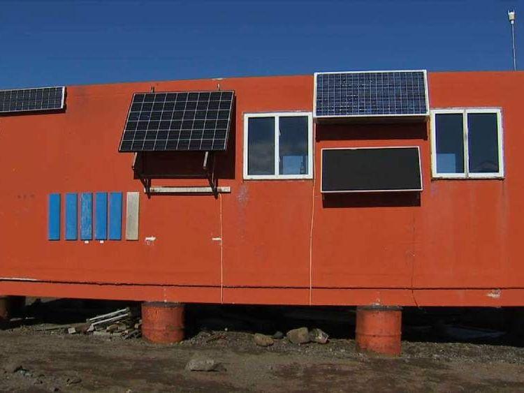 Antarctic solar hut
