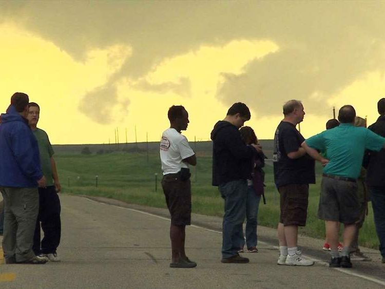 storm chasing chase tours in US
