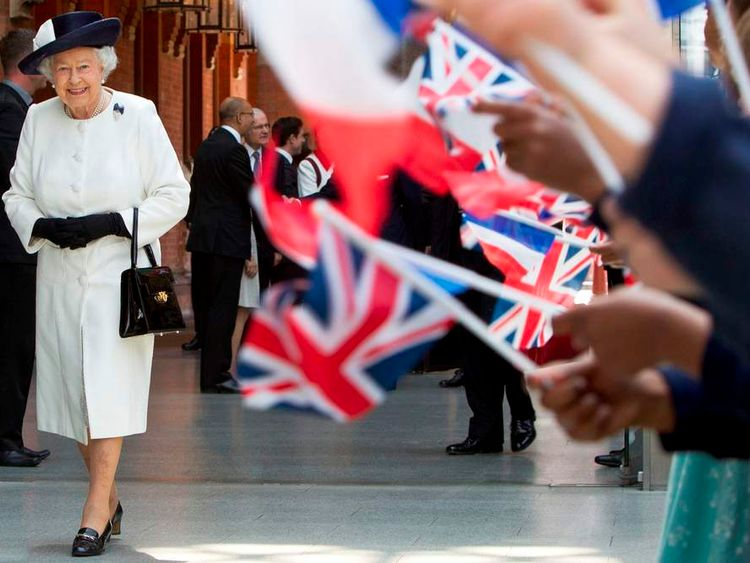 The Queen at St Pancras International ahead of her trip to France