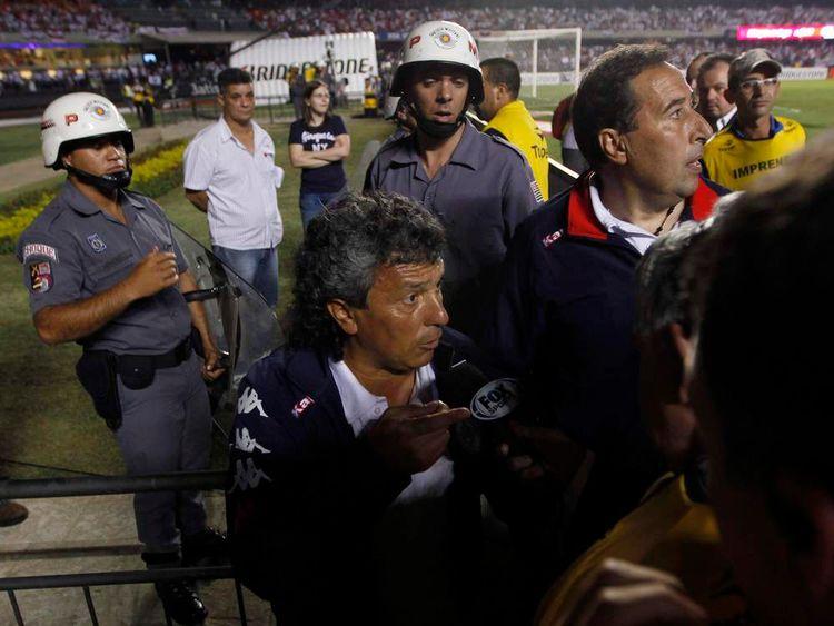 Head coach of Tigre Gorosito speaks to media