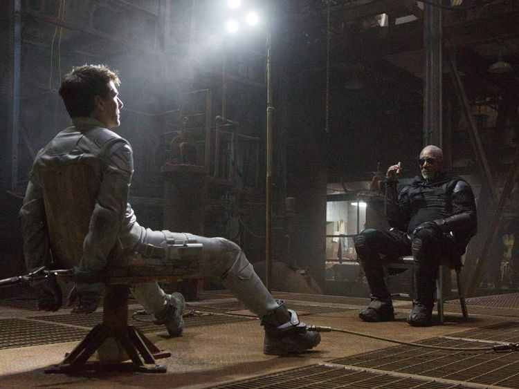 Tom Cruise and Morgan Freeman star in Oblivion