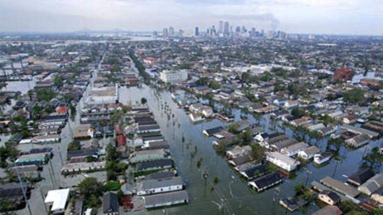 pg Hurricane Katrina flooding and debris