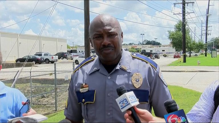 Baton Rouge Police: One Suspect Down