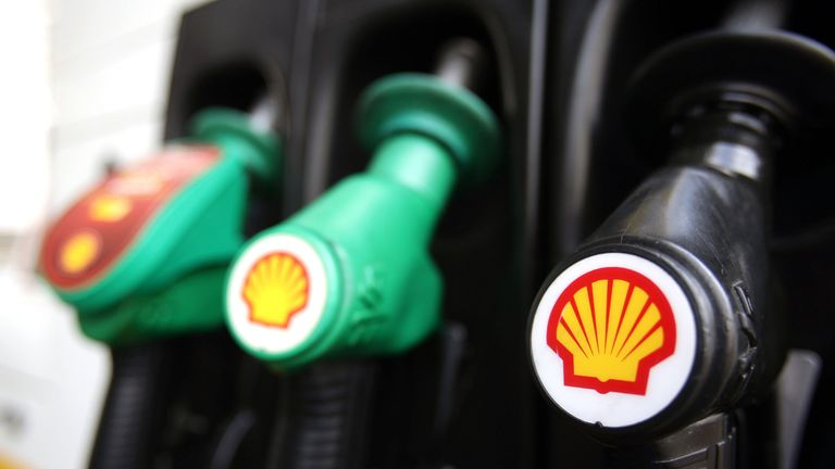 Royal Dutch Shell hit hard by low oil prices