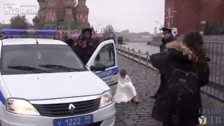 Pyotr Pavlensky protest