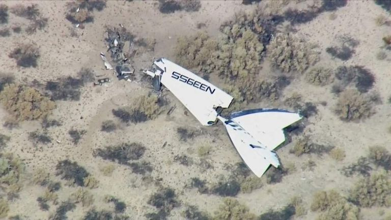 Virgin Galactic SpaceshipTwo crashes in Mojave Desert