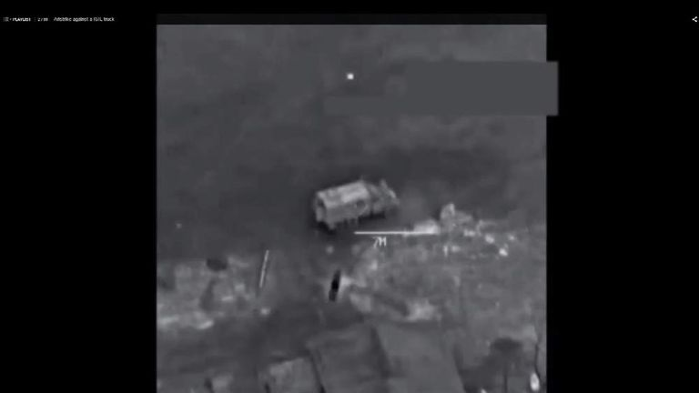 US missile strikes target IS postions near Al Raqqa in Syria