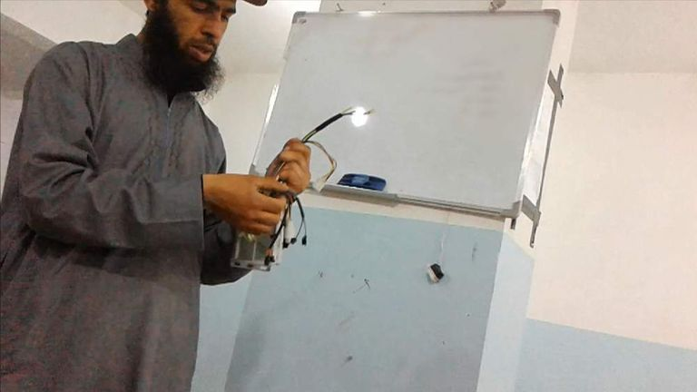 Inside an IS jihadi technical college in Raqqa