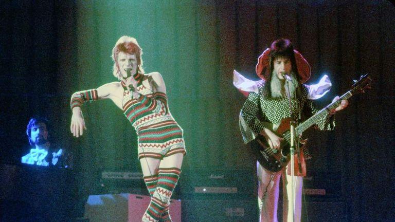Trevor Bolder: Bowie Pays Tribute To Bassist   Ents & Arts News