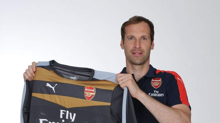 f2c5c5d2cec Arsenal Unveil Ex-Chelsea Keeper Petr Cech | Scoop News | Sky News