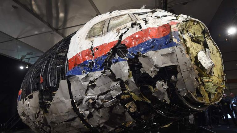 The reconstructed flight MH17