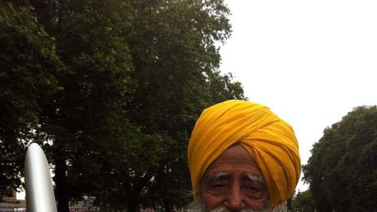 The world's oldest marathon runner Fauja Singh
