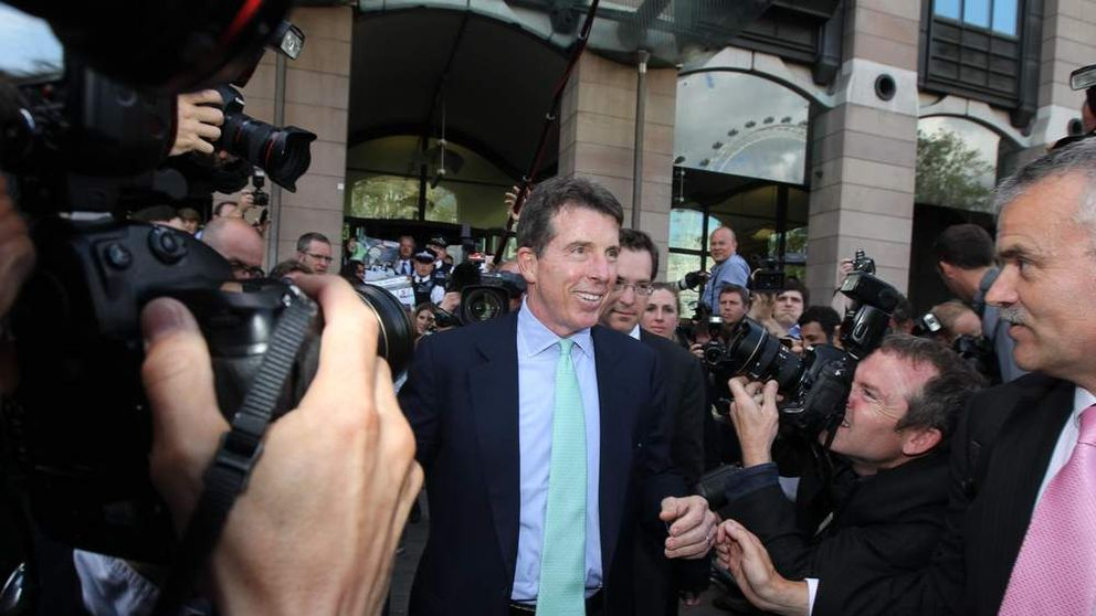 Former Barclays chief executive Bob Diamond, leaves after giving evidence to the Treasury Select Committee at Portcullis House, central London.