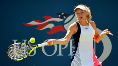 Caroline Wozniacki races into US Open semis with straight sets win