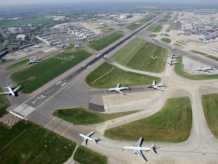 Planes prepare to take off at Heathrow Airport
