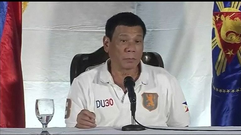 Rodrigo Duterte speaking against the UN after they criticised his anti-drugs policies