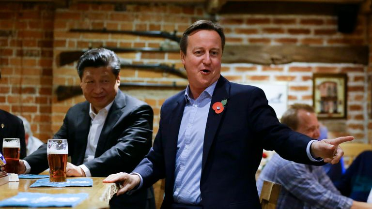 David Cameron took the Chinese president for a pint and some fish and chips during his UK visit