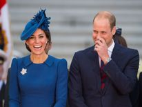 Prince William and Catherine attend the official welcome ceremony