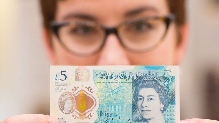 A new Bank of England £5 note