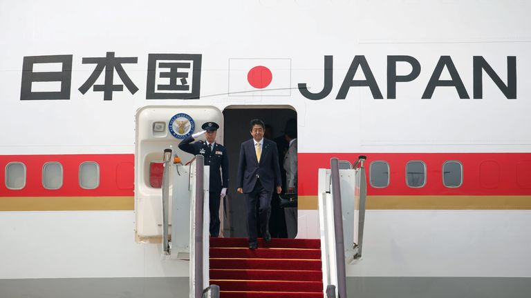 Japanese Prime Minister Shinzo Abe arrives at Hangzhou Xiaoshan international airport before the G20 Summit
