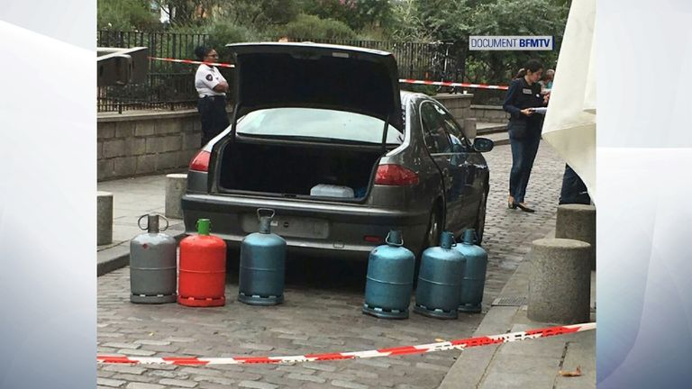 Five gas tanks were found in the boot of the car