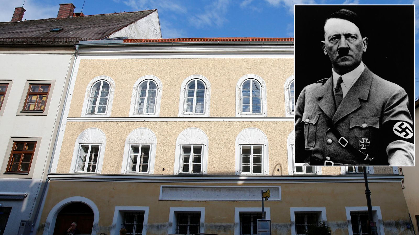 a biography of adolf hitler born in braunau austria A short biography of adolf hitler (1889-1945) - thoughtco adolf hitler was born in braunau am inn, austria, on april 20th 1889 to alois hitler (who, as an illegitimate child, had previously used his mother's name of schickelgruber) and klara poelzl.