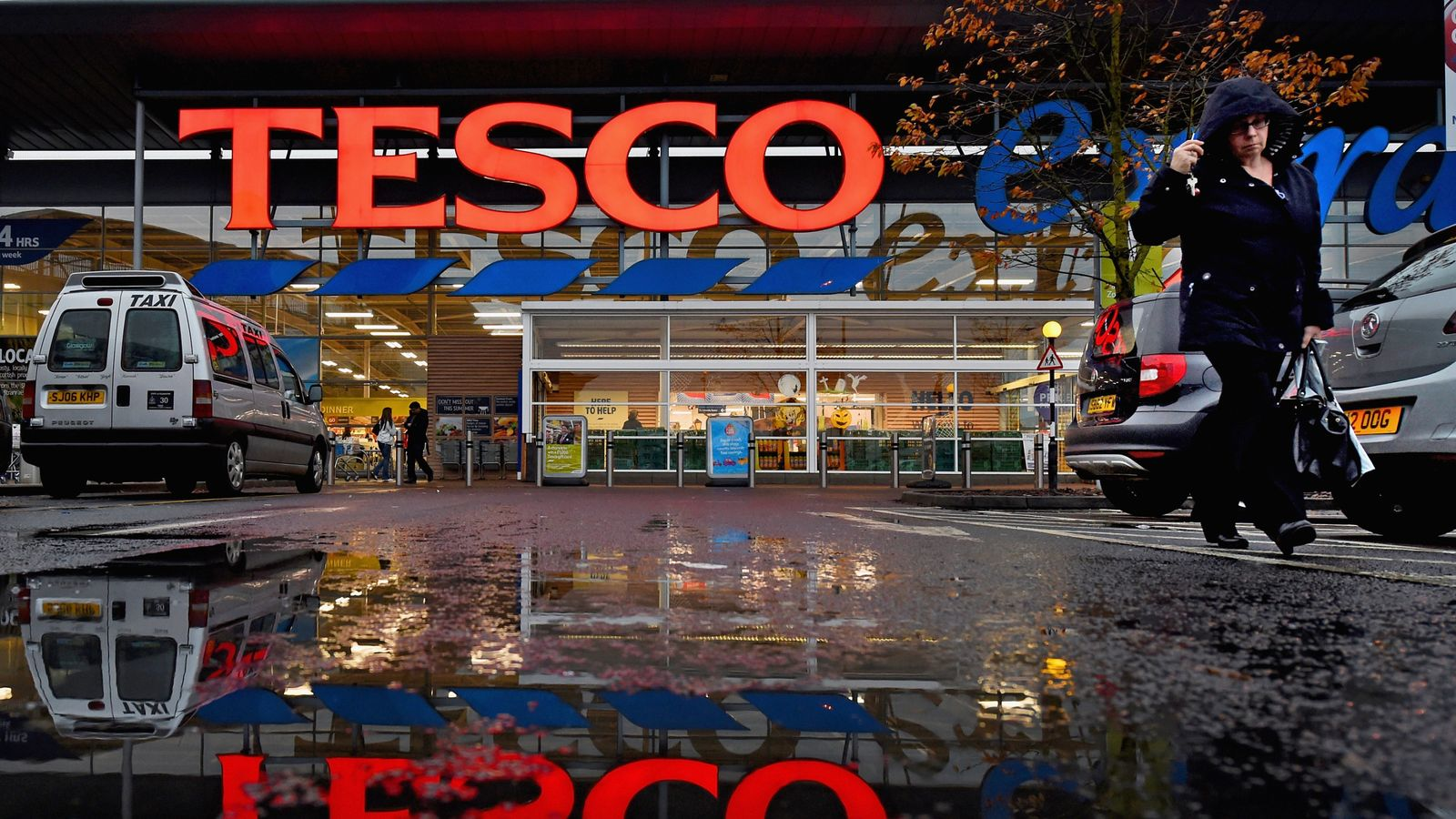 Tesco puts 1,700 jobs at risk in shake-up