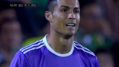 Ronaldo misses open goal