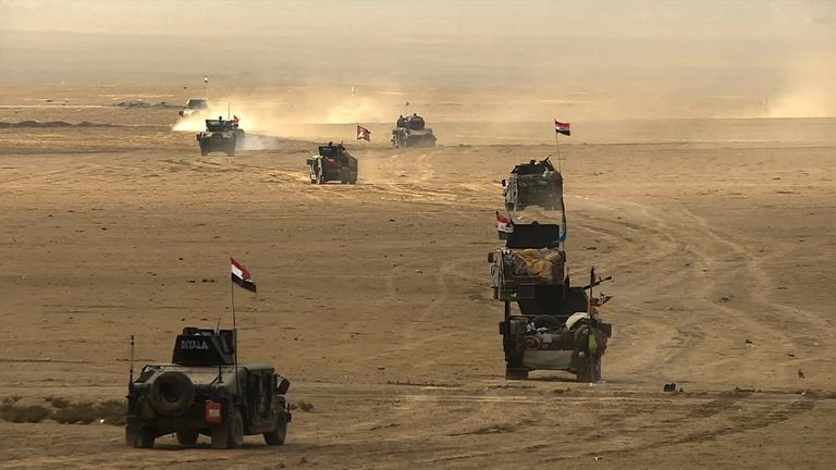 Iraqi forces approach Mosul