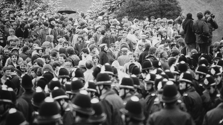 Police and miners at Orgreave in June 1984