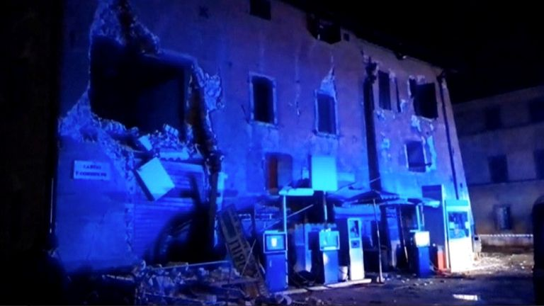 Another damaged building in Visso
