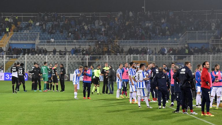 The match between Pescara and Atalanta was halted by the tremors
