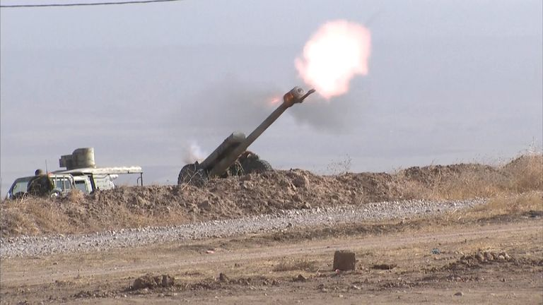 Peshmerga artillery targets IS positions near Mosul