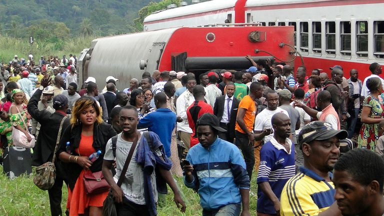 The train was crammed with people due to road traffic disruption