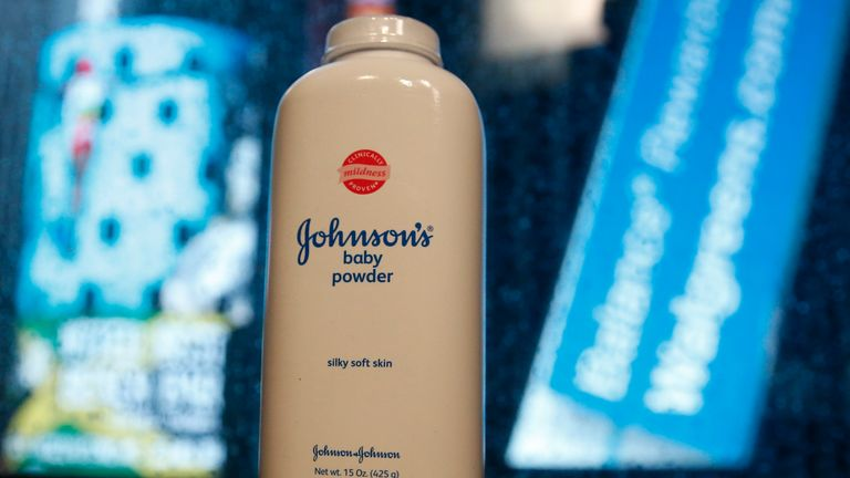 Woman Wins 163 58m After Claiming Johnson S Baby Powder Gave