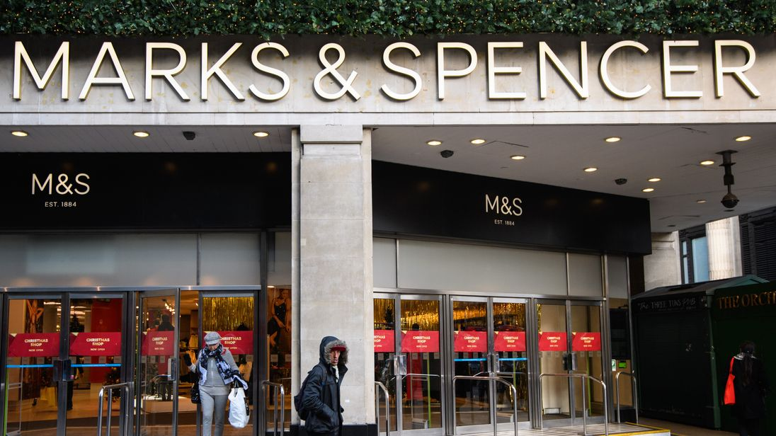 Marks and Spencer to close over 100 stores by 2022