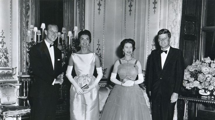 1961, London - President And Mrs. Kennedy Pose With Queen Elizabeth II And Prince Philip Before The Queen's Dinner Honoring The Kennedys At Buckingham Palace During The President's 1961 Visit