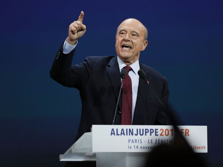 Bordeaux's mayor and right-wing Les Republicains (LR) party's candidate for the right-wing primary ahead of the 2017 presidential election, Alain Juppe delivers a speech during a campaign meeting in Paris on November 14, 2016. / AFP / Thomas SAMSON (Photo credit should read THOMAS SAMSON/AFP/Getty Images)