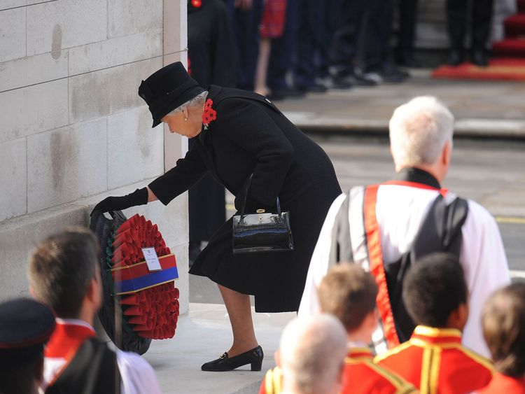 The Queen laid the first wreath