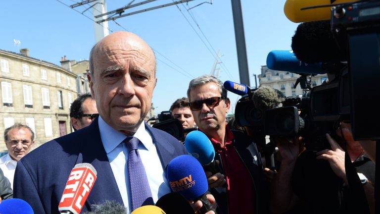 Polling suggests she will face former Prime Minister Alain Juppé in the final run-off