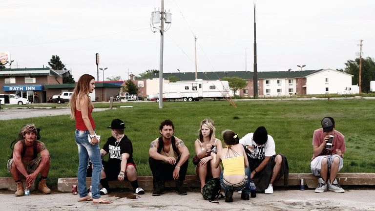 American Honey tells the story of a teenage runaway travelling across the American Midwest