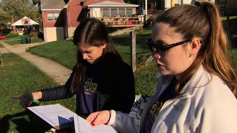 Democrats canvas voters in Ohio