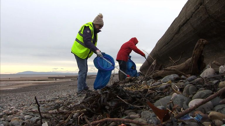 Fewer plastic bags are being found on Britain's beaches