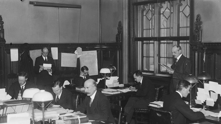 Civil servants working in the House of  Commons in 1919
