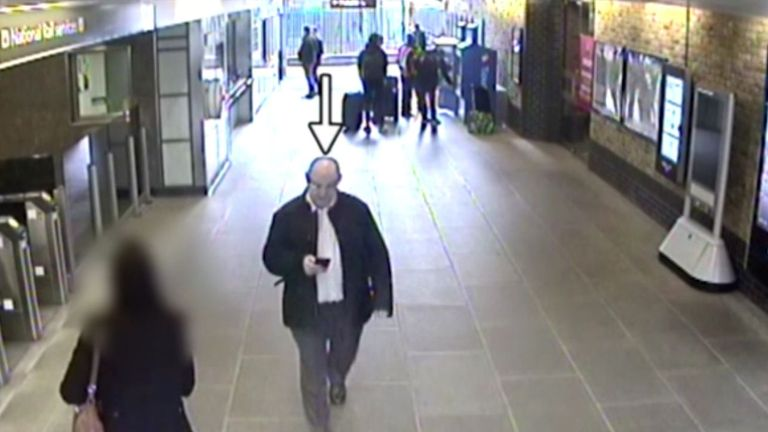 PC Semple pictured at Blackfriars station on his way to meet Stefano Brizzi