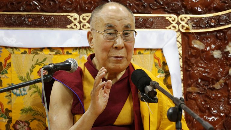 The Dalai Lama says he has always regarded the US as the leader of the 'free world'