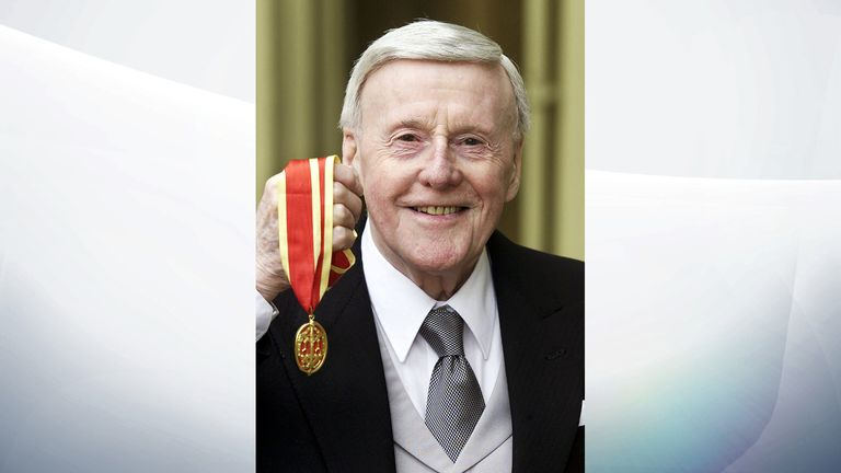 DATE IMPORTED:27 June, 2002Britain's veteran radio broadcaster Sir Jimmy Young (78) poses for photographs after receiving his knighthood at Buckingham Palace in London on June 27, 2002. Young was awarded the knighthood after 50 years on the air.